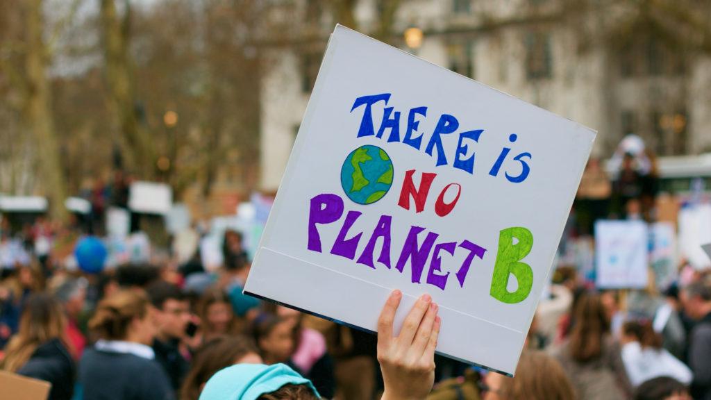 L'Ajuntament de Barcelona declara emergència climàtica
